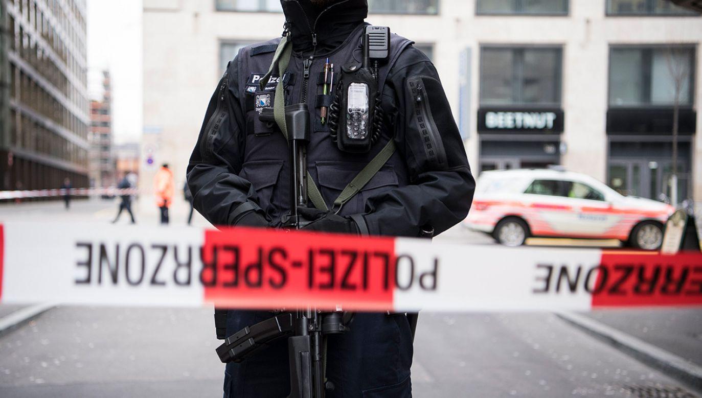 Policja wykluczyła terrorystyczne tło incydentu (fot.PAP/EPA/ ENNIO LEANZA)