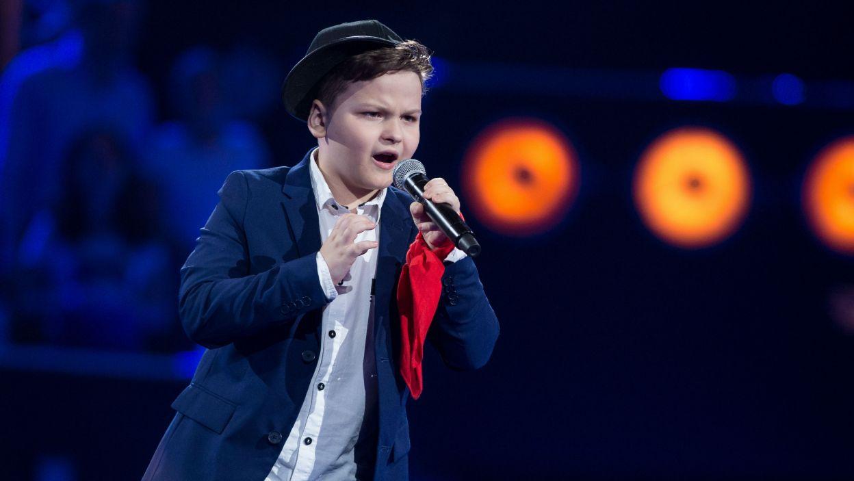 – Masz głos anioła – nie krył zachwytu talentem Pawła jego Trener. To właśnie on został pierwszym finalistą (fot. J. Bogacz/TVP)
