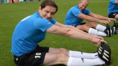 Mecz charytatywny piłki nożnej TVP kontra PSP i Bieg UWM