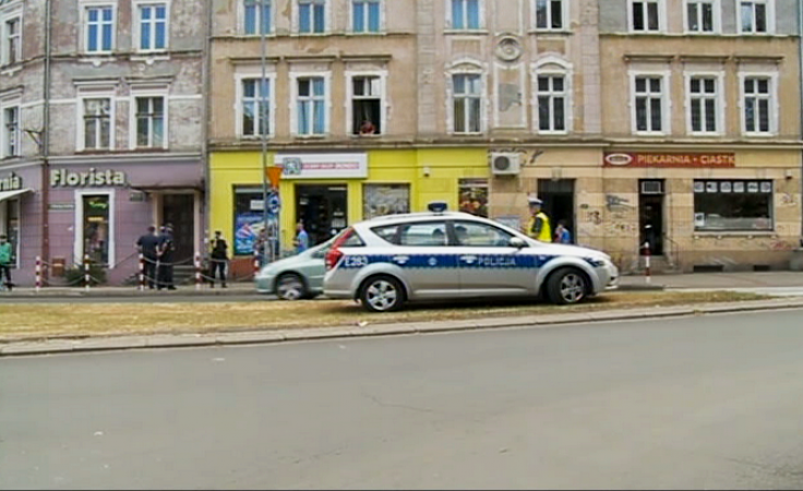 Nożownik w centrum miasta. Ranny został świadek zdarzenia