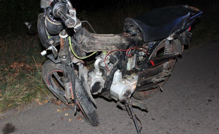Kierujący tym motorowerem zginął na miejscu