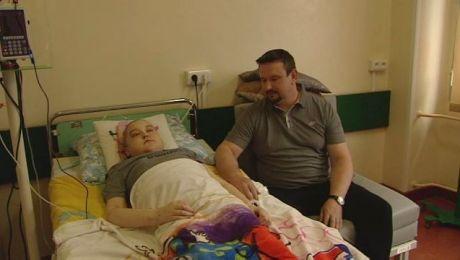 Nastolatek zmaga się z rzadką chorobą. Od roku nie opuścił szpitala