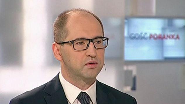 Polityk Polski Razem Adam Bielan (fot. TVP Info) - uid_a2b29ffc743386b19d875051954f85a71438581731257_width_633_play_0_pos_0_gs_0_height_355