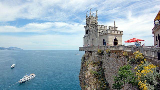 Unia Europejska mocno uderza w Rosję. Zakaz inwestycji i ograniczenie turystyki na Krymie