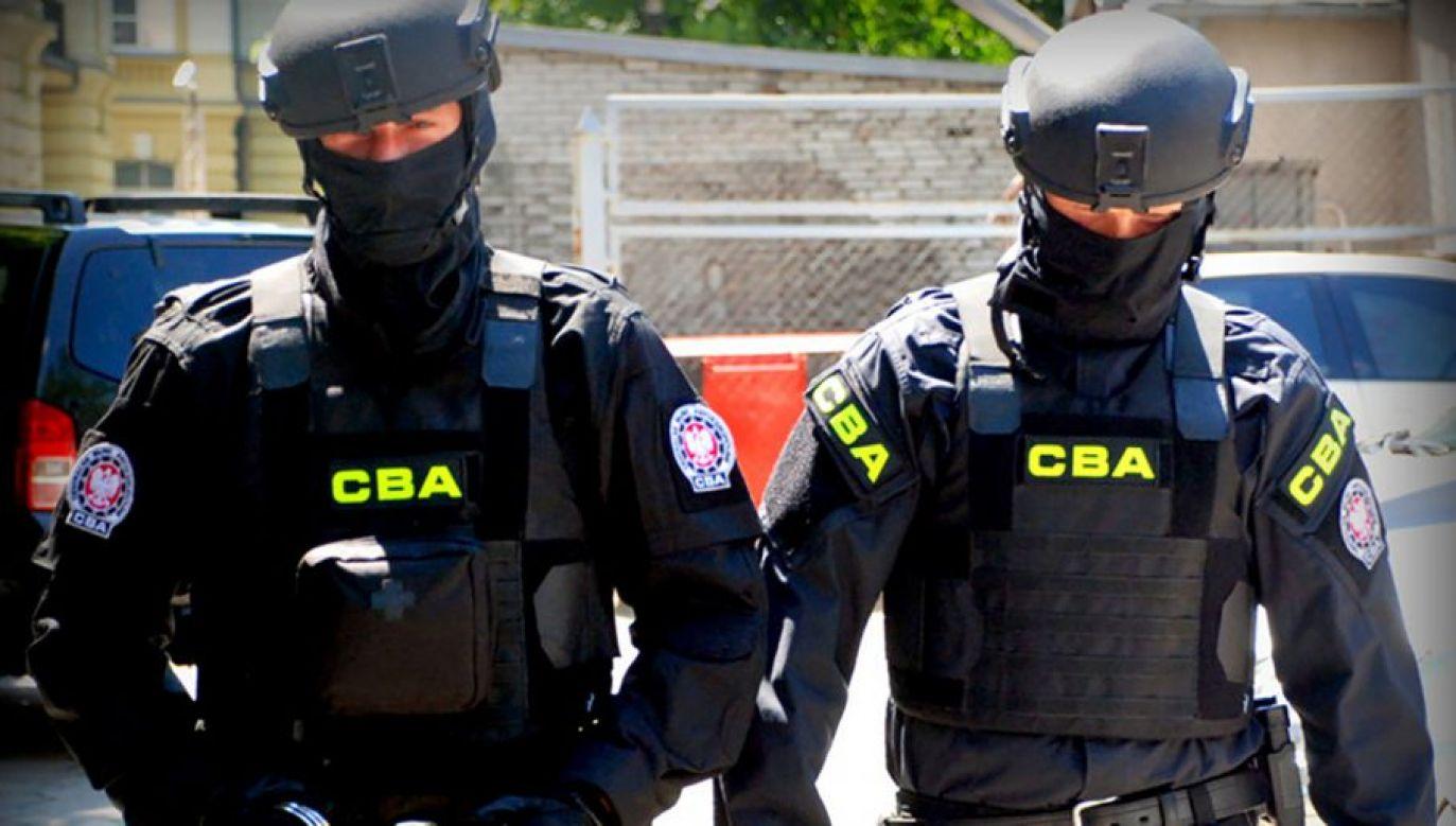 Polacy doceniają ciężką pracę funkcjonariuszy CBA (fot. cba.gov.pl)