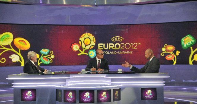 Studio Telewizji Polskiej w czasie Euro 2012. Autorkami scenografii są Aneta Trześniowska i Klaudia Solarz (fot. I.Sobieszczuk)