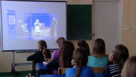 Łódzki Arlekin w świętokrzyskich szkołach