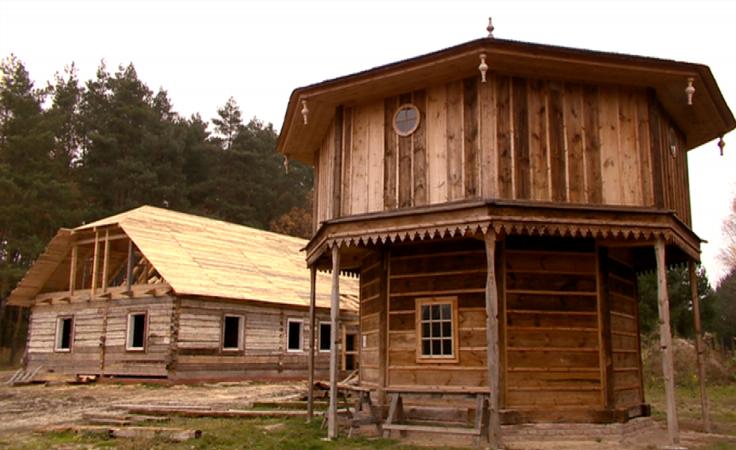 W Kolbuszowej powstaje leśna osada