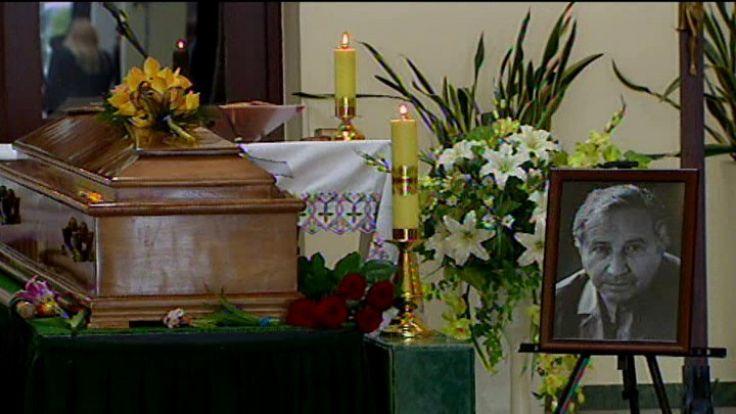 W kaplicy cmentarza komunalnego na Kiełczowie pożegnano zmarłego w czwartek Tadeusza Różewicza