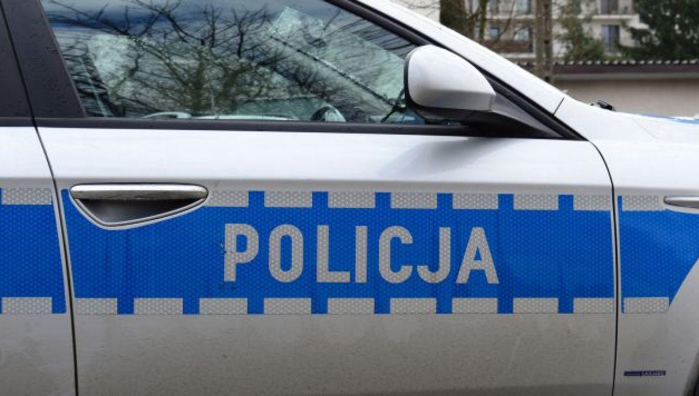 Policjanci odnaleźli poszukiwany samochód  (fot. tvp.info/Paweł Chrabąszcz)