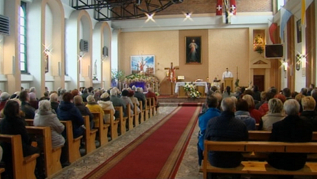 Wierni kościoła katolickiego obchodzą Niedzielę Miłosierdzia Bożego