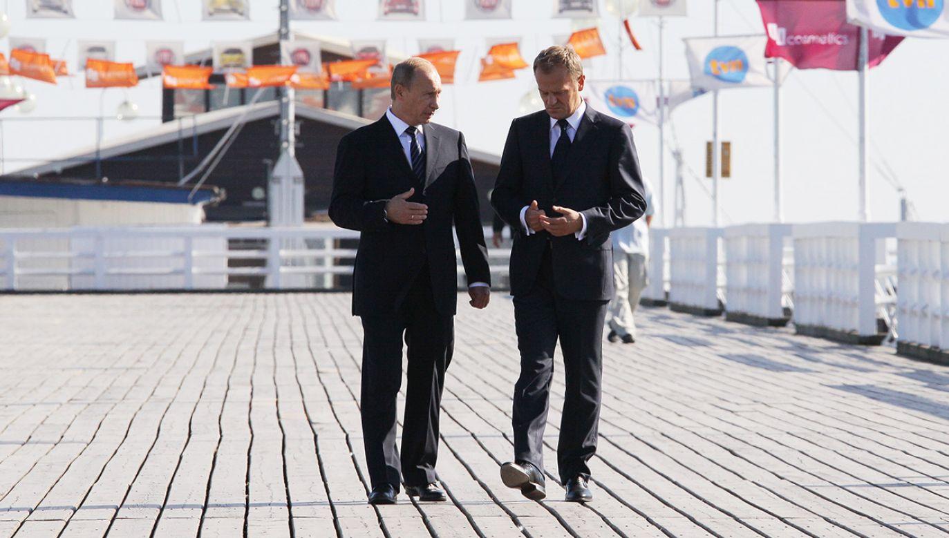 Donald Tusk i Władimir Putin rozmawiają na sopockim molo (fot. arch. PAP/Paweł Supernak)