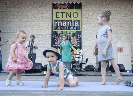 Festiwal ETNOmania w skansenie w Wygiełzowie