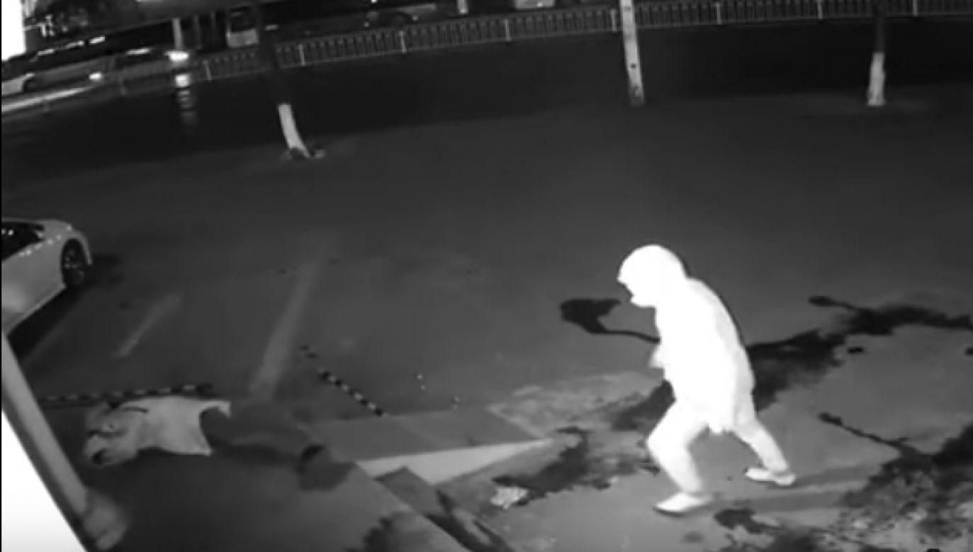 """Ten """"skok"""" włamywaczom się nie udał (fot. Shanghai Public Security Bureau RT LIVE)"""