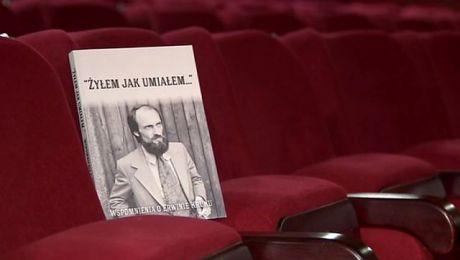 Warto przeczytać: portret zbiorowy Erwina Kruka