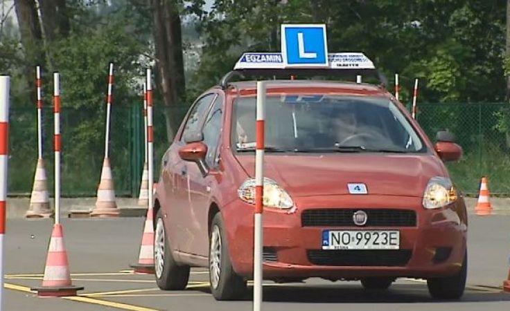 Mniej chętnych na prawo jazdy spowoduje zwolnienia w WORD?
