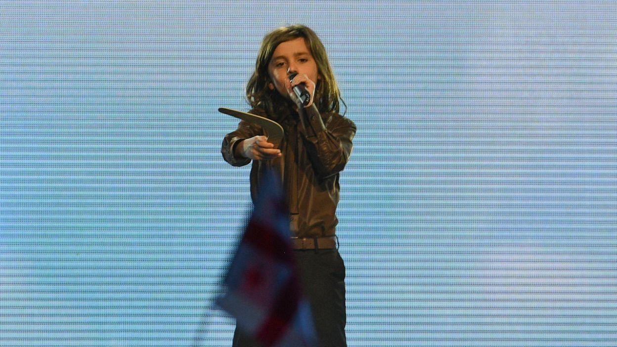 Misha z Armenii podczas występu cały czas się przemieszczał na scenie (fot. Getty Images)