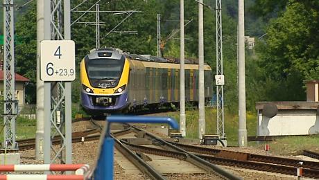 Inwestycja na linii kolejowej E30 Kraków – Rzeszów obejmuje blisko 140 km torów