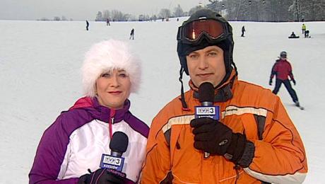 Zima w regionach - reporterzy TVP3 Rzeszów na stoku w Puławach