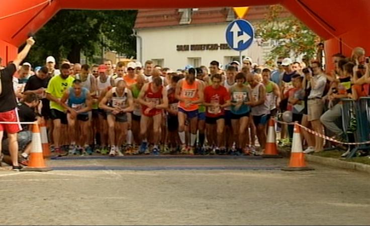 Prawie 300 osób pokonało 10-kilometrowy bieg uliczny