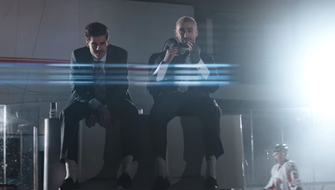 """Utworem """"Kryptowaluty"""" duet zapowiada nowy album (fot. youtube.com)"""