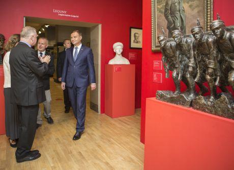 Prezydent elekt na wystawie w Muzeum Narodowym