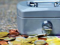 MSWiA wycofuje się z prac nad nowelą przepisów o zbiórkach publicznych