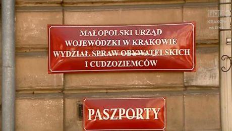 W Małopolsce coraz więcej wniosków o paszporty
