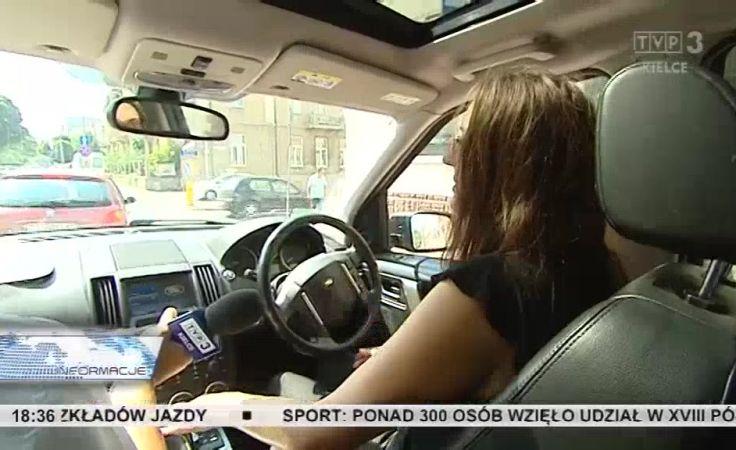 Coraz więcej amatorów na auta z Angli, z kierownicą po prawej