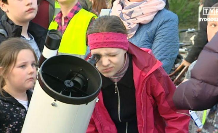 Młodzi miłośnicy nauki odkryli Księżyc na nowo