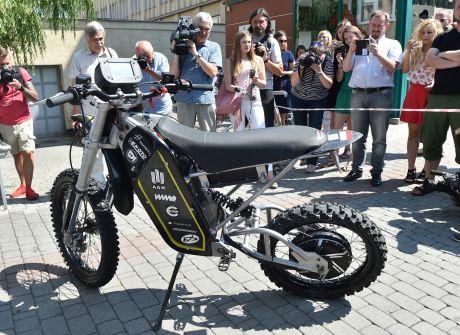 Elektryczny motocykl  studentów AGH