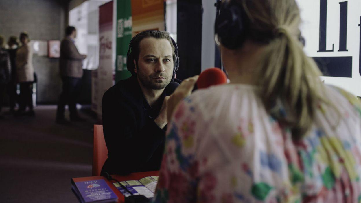 W Teatrze Polskiego Radia było dostępnych 14 stanowisk odsłuchowych (fot. TVP)