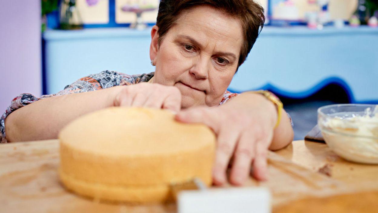 – Jak ja za mąż wychodziłam, nie było mody na piętrowe torty – stwierdziła Danuta (fot. TVP)