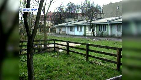 Niepokój lokatorów zagrzybionych baraków