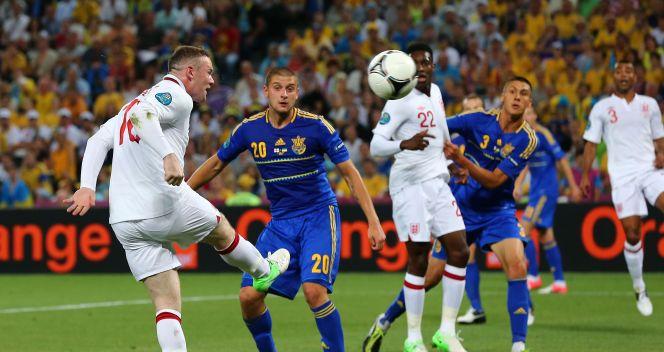 W pierwszej połowie Rooney był nieskuteczny (fot. Getty Images)