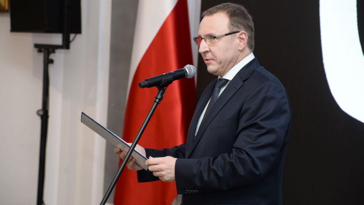Prezes TVP Jacek Kurski podziękował prezydentowi Andrzejowi Dudzie za pomoc przy realizacji spektaklu (fot. Jan Bogacz/TVP)