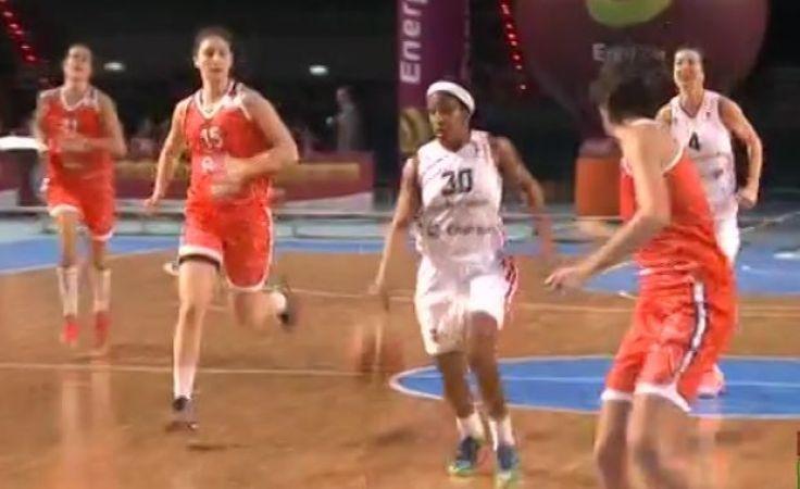 Rebecca Harris rzuciła Włoszkom najwięcej punktów