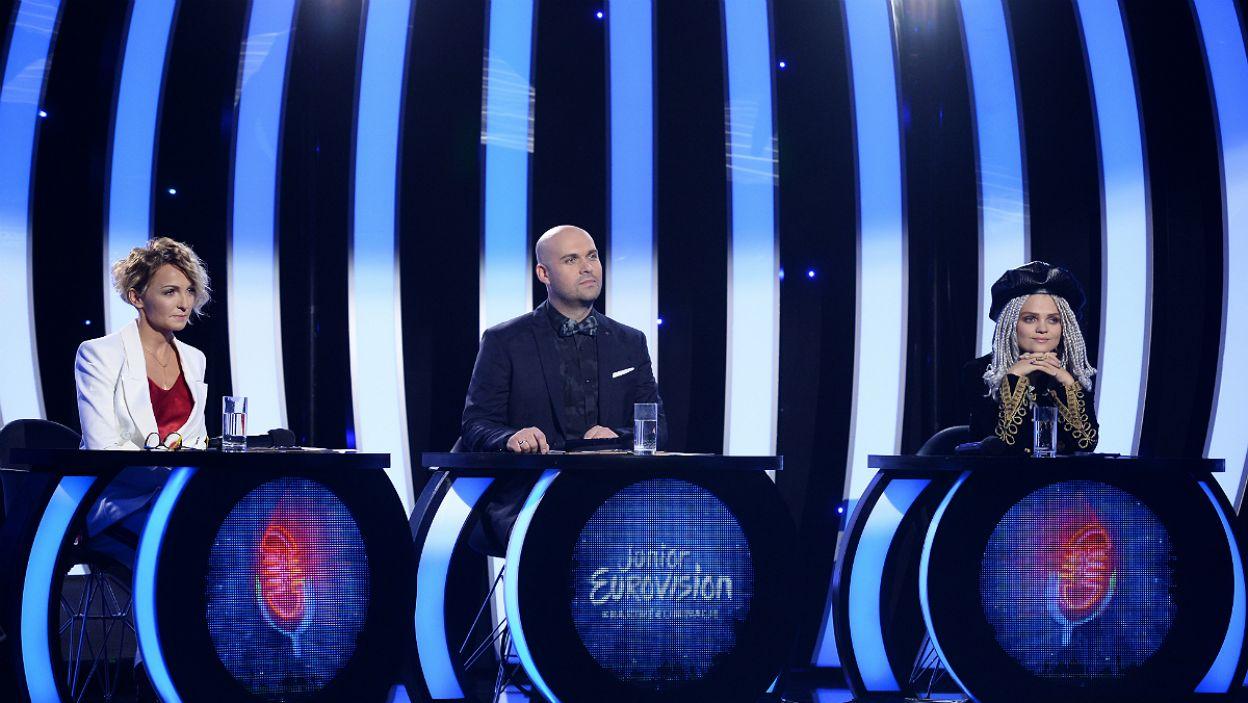 Jury w składzie Ania Wyszkoni, Marcin Kusy oraz Margaret stanęło przed trudnym wyborem (fot. J. Bogacz/TVP)