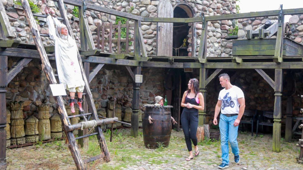 ...oraz zamek z wystawą narzędzi tortur (fot. W. Kurczewski)