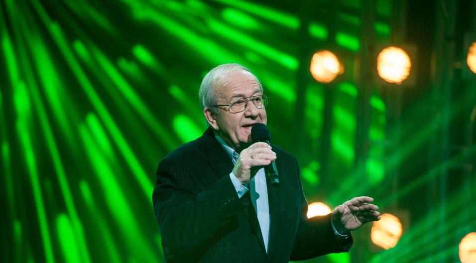 Opole piosenką stoi, dlatego w programie najważniejsi są piosenkarze, między innymi Andrzej Dąbrowski (fot. TVP)