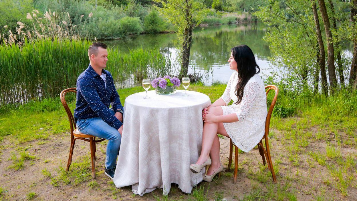 Emilia mu się zrewanżowała. – Wizualnie super – szepnęła w prywatnej rozmowie (fot. TVP)