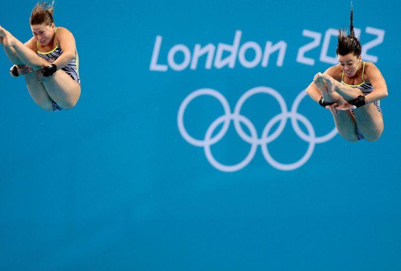 Kanadyjki podczas swojego skoku (fot. Getty Images)