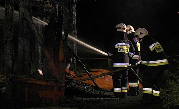 W pożarze  budynku gospodarczego zginął  68-letni właściciel