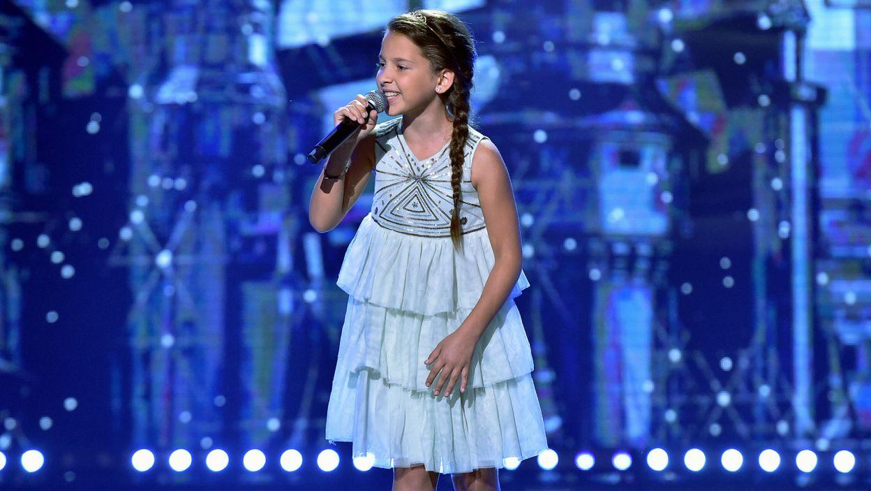 """W Elsę z """"Krainy lodu"""" zamieniła się Zuzia Polańska, śpiewając """"Mam tę moc"""" (fot. I. Sobieszczuk)"""