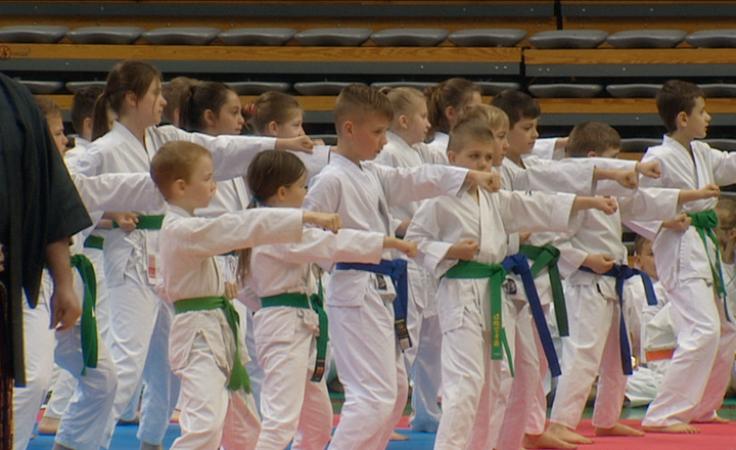 Turniej sztuk walki w hali Centrum Rekreacyjno-Sportowego