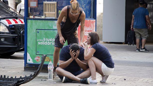 Zamach w Barcelonie był kolejnym aktem terroryzmu (fot. PAP/EPA/David Armengou)