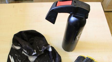 Sprzęt znaleziony w samochodach fot. policja