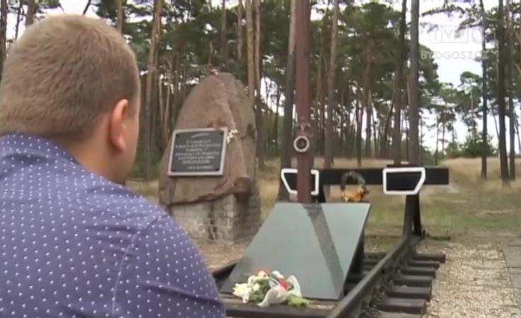 Uczcili pamięć 67 ofiar katastrofy kolejowej w Otłoczynie