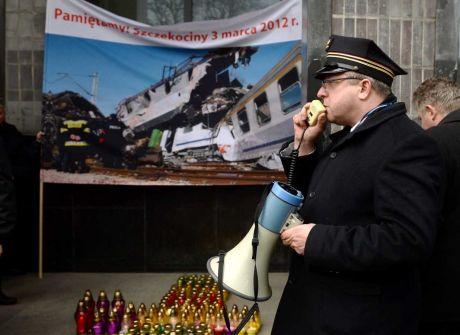 Pikieta kolejarzy w rocznicę katastrofy pod Szczekocinami