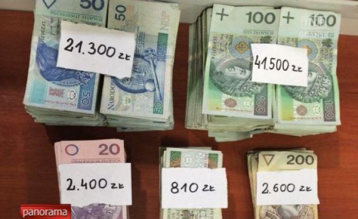Poduszka pełna pieniędzy znaleziona na wysypisku